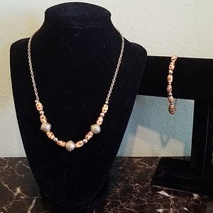 Handmade necklace and bracelet set.